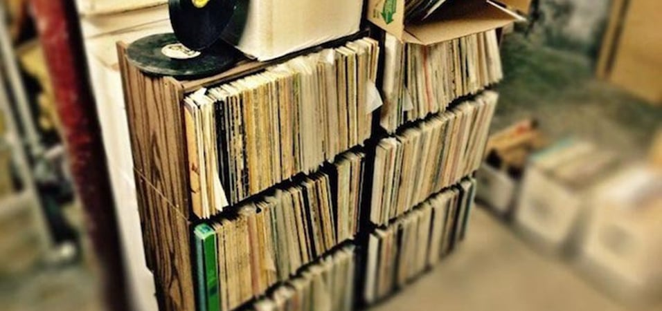 """Online Record Shop """"Dusty Groove"""" Sells Vinyl For Ten Cents"""