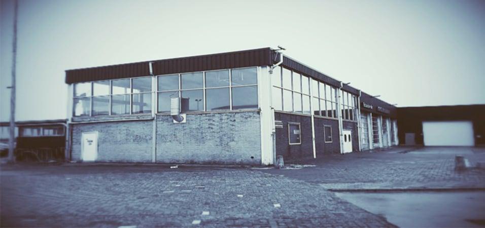 new-amsterdam-club-restored-warehouse