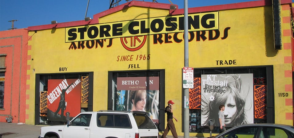 warner-music-cuts-off-indie-record-shops