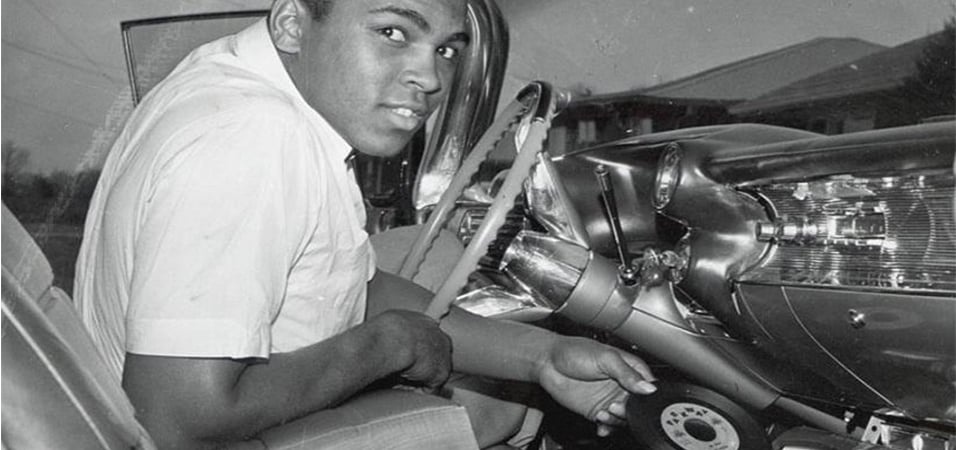 muhammad-ali-in-dash-vinyl-player