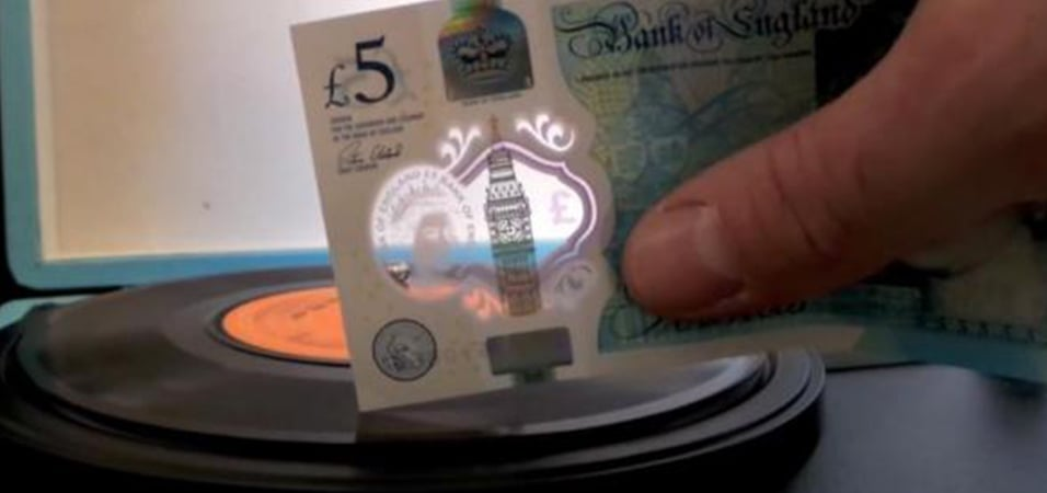 5-pound-note-plays-vinyl