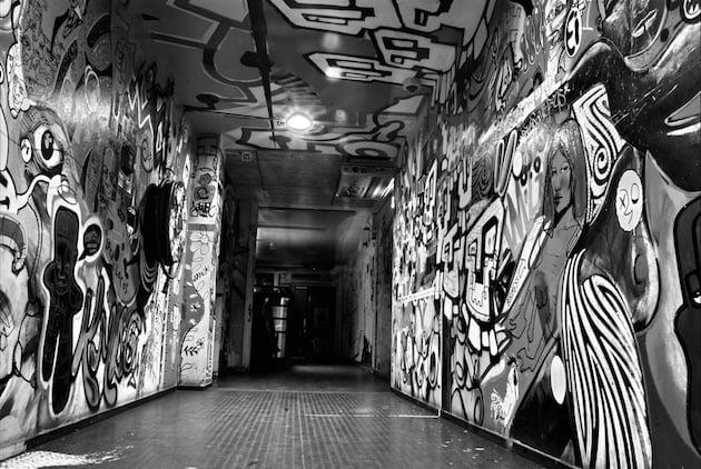 club11-entrance