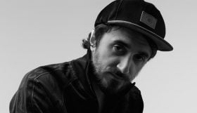 interview-leon-music-on