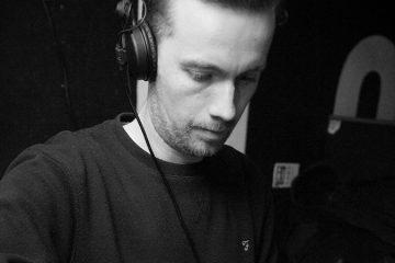 dhl-mix-212-james dexter