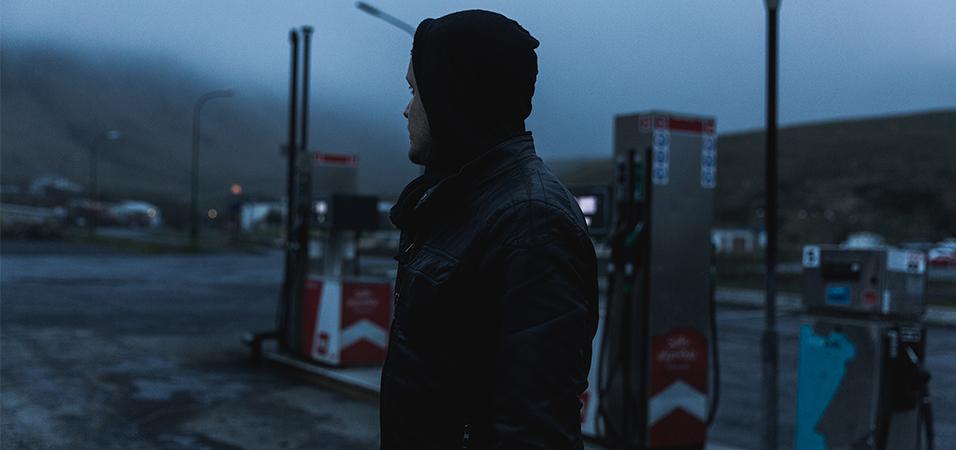 premiere-jan blomqvist-space-in-between